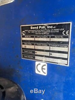 Bendpak Ranger PR12-FTA 5400kg 2 Post Lift